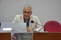 Dr. Ricardo defende jornada de 30 horas semanais para enfermeiros e técnicos de enfermagem