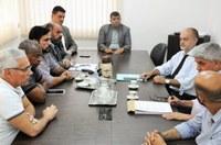 Vereadores questionam secretário sobre processo de instalação de novas empresas